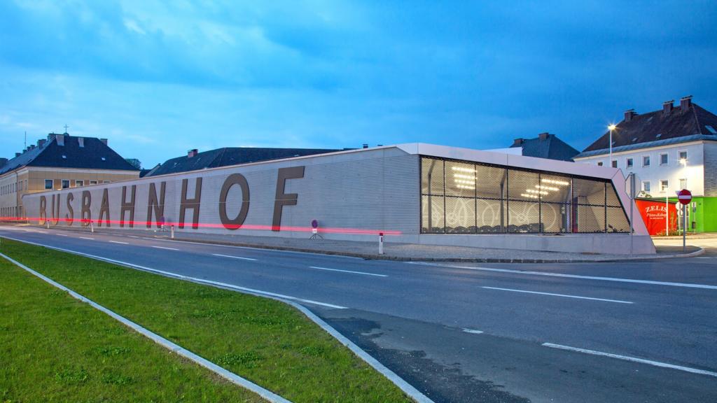 Busbahnhof Attnang, ArchitekturStudio Gilhofer